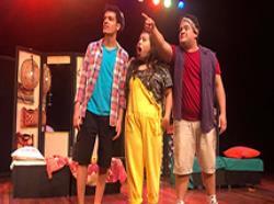 Secretaria Municipal de Educação promove peça teatral no Centro Educacional Unificado Pêra Marmelo